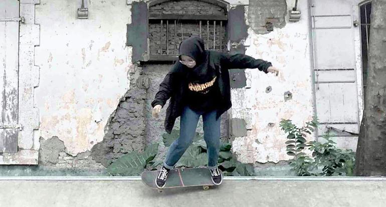 Komunitas Reverse Insilence, Komunitas Skateboard Bermain dan Berdakwah Bersama